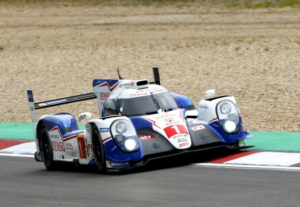 WEC 2015 NURBURGRING -TOYOTA N° 1 - Photo Alain RAGU