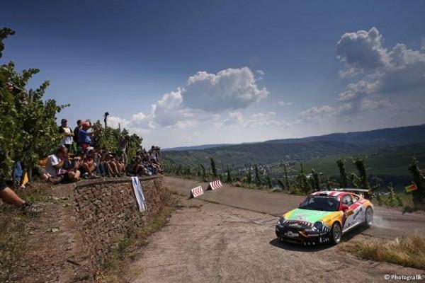 WRC-2015-ALLEMAGNE-La-PORSCHE-de-ROMAIN-DUMAS