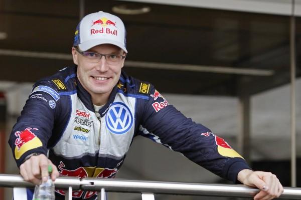 WRC-2015-Avant-Rallye-ALLEMAGNE-VW-POLO-WRC-JARI-MATTI-LATVALA