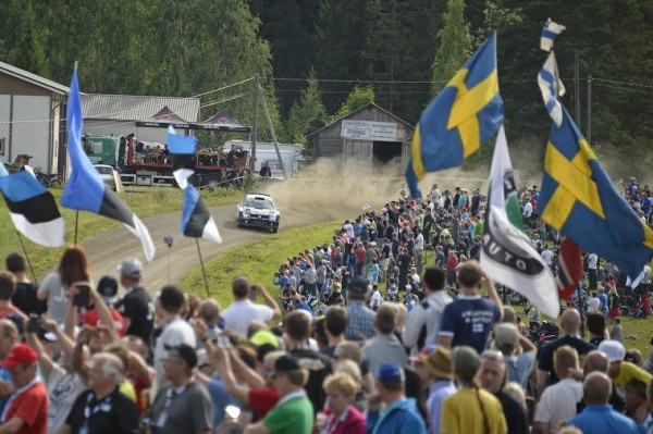 WRC-2015-FINLANDE-POLO-JARI-MATTI-LATVALA