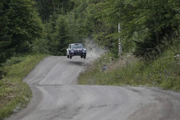WRC-2015-FINLANDE-POLO-SEB-OGIER