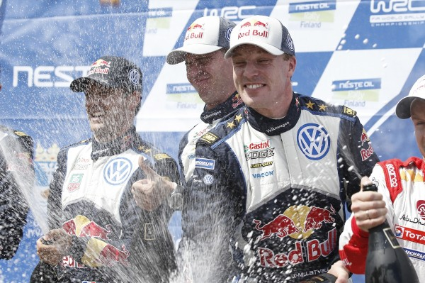 WRC-2015-FINLANDE-VICTOIRE-finale-le-2-aout-pour-LATVALA-ANTTILA-et-la-VW-POLO-WRC