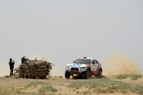 CHINA-SILK-ROAD-RALLY-2015 LIU KUN - LIAO MIN - CHN - PANDA MRP11 - Photo Eric Vargiolu / DPPI