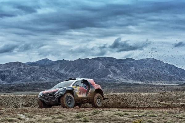 CHINA-SILK-ROAD-RALLY-2015- PETERHASEL - COTTRET PEUGEOT 2008 DKR entre Zhang Ye et Jia Yu Guan CHINA-SILK-ROAD-RALLY-2015-Photo-Eric-VARGIOLU-DPPI