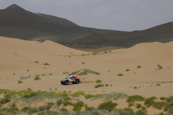 CHINA-SILK-ROAD-RALLY-2015-DESPRES CYRIL - CASTERA DAVID - FRA - PEUGEOT 2008 DKR during the 2015 China Silk Road rally, stage 5, from E Ji Na Qi to Axla Zochi on september 3rd 2015, China. Photo Eric Vargiolu / DPPI