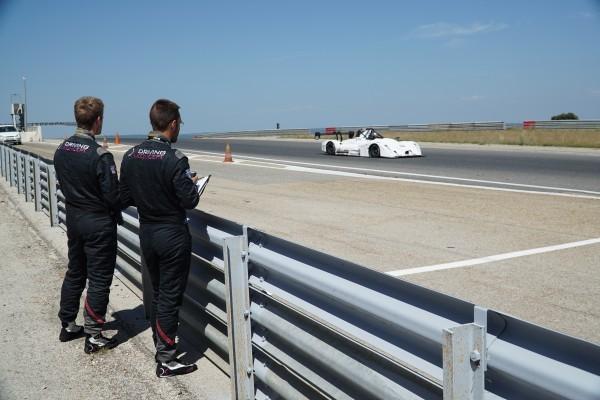 DRIVING-KONCEPT-Les-coachs-analysent-le-pilotage-des-eleves