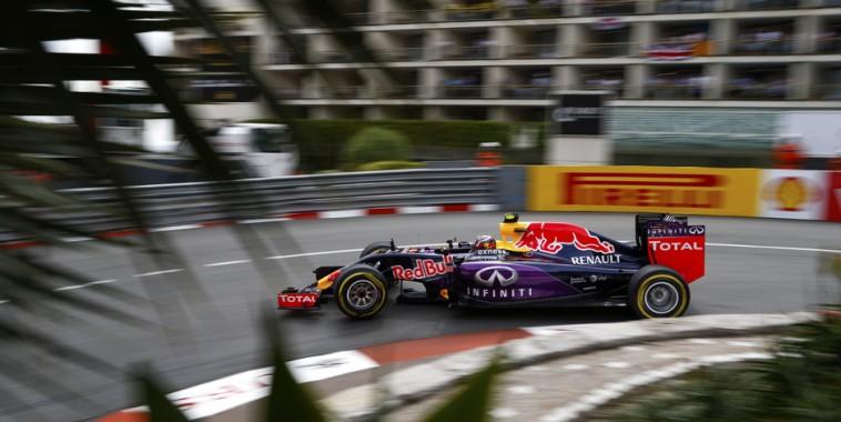 F1-2015-MONACO-Belle-performance-des-RED-BULL-RENAULT-toutes-les-deux-dans-le-TOP-5