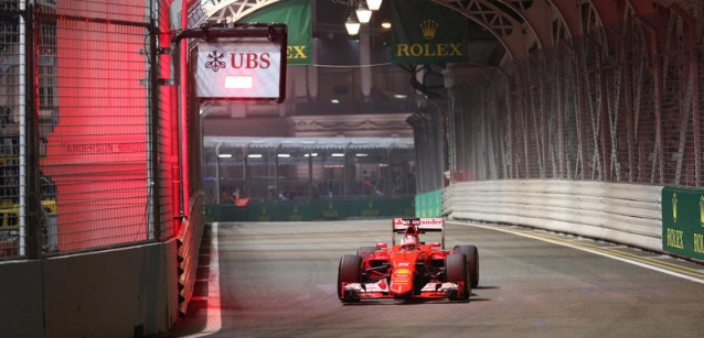 F1 2015  SINGAPOUIR La FERRARI de SEB VETTEL