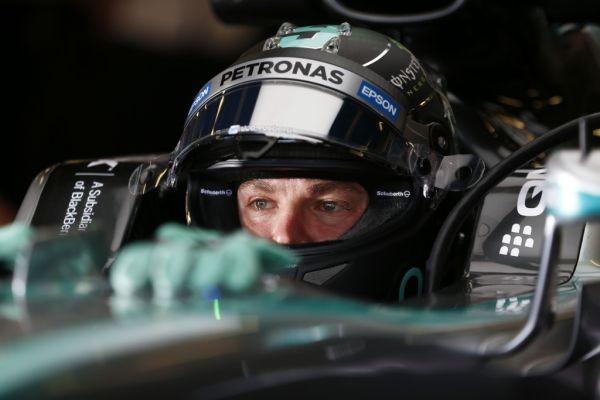 F1-2015-SINGAPOUR-MERCEDES-NICO-ROSBERG.