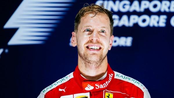 F1-2015-SINGAPOUR-SEB-VETTEL-3éme-VICTOIRE-AVEC-FERRARI-EN-2015