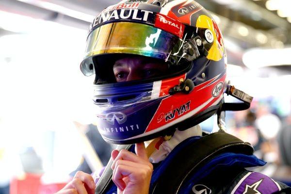 F1-2015-SUZUKA-DANIIL-KVYAT-Le-plus-rapide-vendredi-des-deux-sessions-des-essais-libres