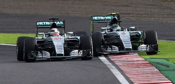 F1 2015 SUZUKA Victoire de HAMILTON devant ROSBERG auteur d'un meilleur depart