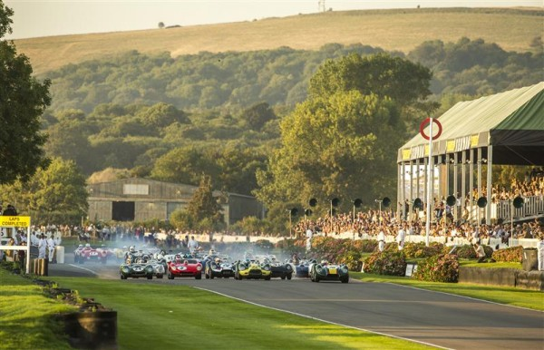 GOODWOOD-REVIVAL--le-depart-du-SUSSEX-TROPHY-2014.