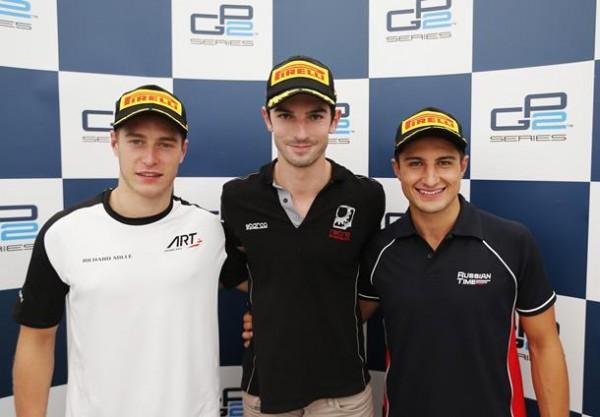 GP2-2015-MONZA-Le-podium-de-la-seconde-course-avec-ROSSI-1er-devant-VANDOORNE-et-EVANS.