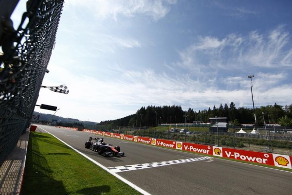 GP2-2015-SPA-Dimanche-23-aout-ALEXANDER-ROSSI-remporte-la-deuxième-course