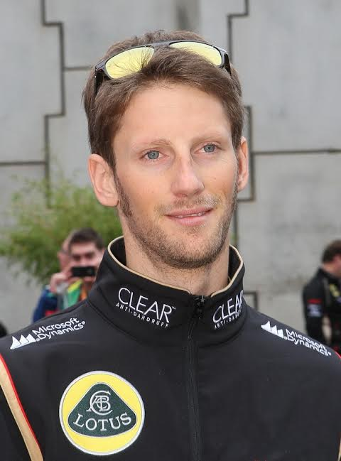 LOTUS-F1-Romain-Grosjean-incontestablement-le-pilote-N°-1-chez-Lotus-©-Manfred-GIET