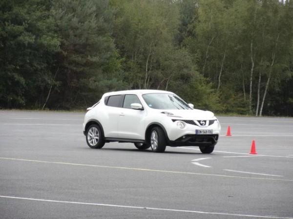 Nissan Juke -Séance de drift avec un modèle diésel... Pas si facile - Photo Patrick Martinoli..