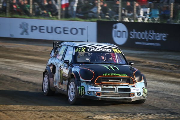 RALLYCROSS 2015 LOHEAC -GUERLAIN CHICHERIT et sa MINI- Photo Gilles VITRY