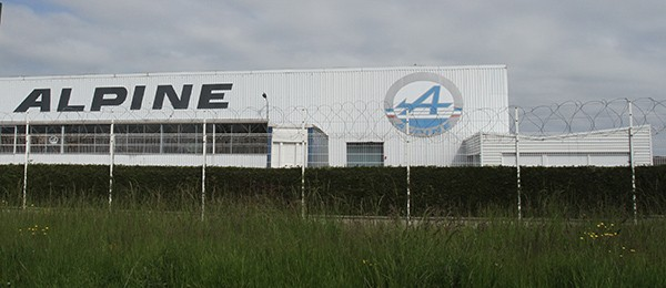 SAGA-ALPINE-2013-DIEPPE-F1-Usine-ALPINE-Avenue-de-BREAUTE-a-DIEPPE-Photo-Gilles-VITRY-autonewsinfo.