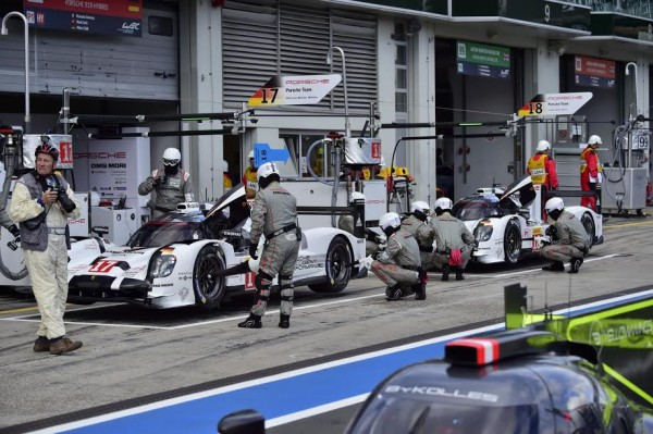 WEC-2015-NURBURGRING-Le-stand-PORSCHE-Photo-Max-MALKA.