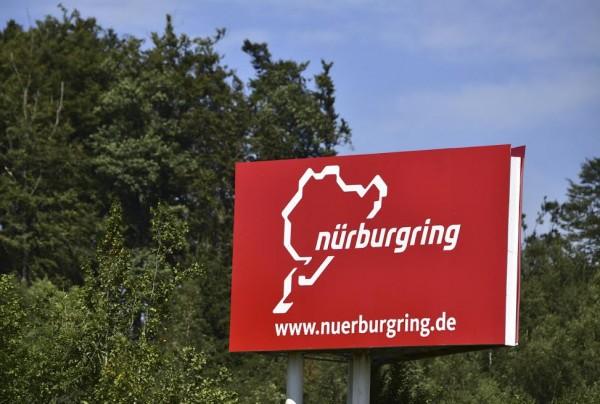 WEC-2015-NURBURGRING-panneau-Photo-Max-MALKA