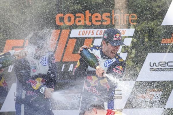 WRC-2015-AUSTRALIE-OGIER-INGRASSIA-et-la-POLO-WRC-CHAMPIONS-DU-MONDE-pour-la-3éme-fois-le-dimanche-13-Septembre