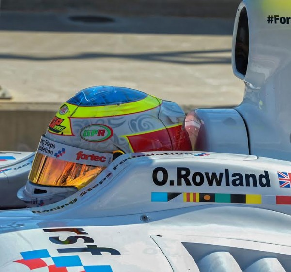 WSR-2015-Casque-OLIVER-ROWLAND-Photo-Antoine-CAMBLOR