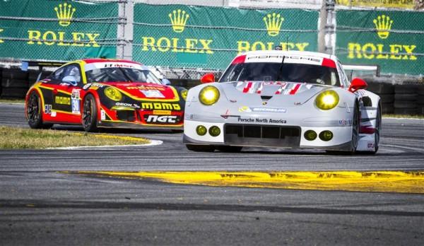 24-HEURES-DAYTONA-2014-Porsche-911-RSR-Nick-Tandy-Richard-Lietz-Patrick-Pilet-NGT-Porsche-911-GT-America-Porsche-Henrique-Cisneros-Kuba-Giermaziak-Christina-Nielsen-Frederic-Makowiecki.