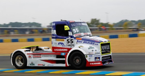 24-HREURES-DU-MANS-CAMION-2015-Championnat-EUROPE-Le-FREIGHTRLINER-de-ADAM-LAKO-Photo-THIERRY-COULIBALY