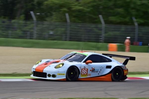 ELMS-2015-IMOLA-17-MAI-PORSCHE-911-RSR-N°86-GULF-Racing-Photo-Max-MALKA.