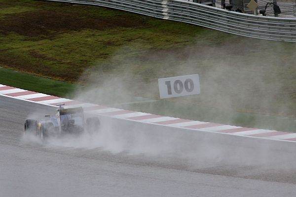 F1-2015-AUSTIN-La-SAUBER-FERRARI-de-FELIPE-NASR
