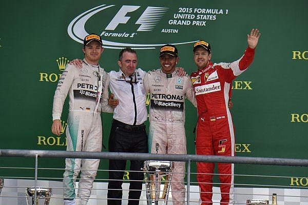 F1-2015-AUSTIN-Le-podium-avec-HAMILTON-1er-et-CHAMPION-du-monde-devant-ROSBERG-et-VETTEL-le-25-octobre