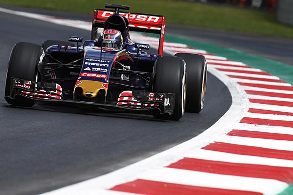 F1-2015-MEXICO-La-TORO-ROSSO-RENAULT-de-MAX-VERSTAPPEN
