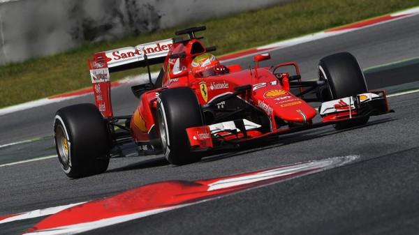 F1-2015-MONTMELO-FERRARI-Test-day-avec-ESTEBAN-GUTTIEREZ