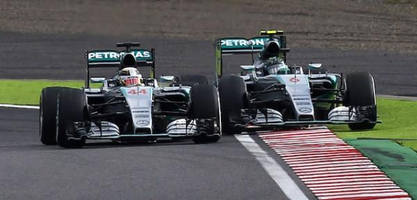 F1-2015-SUZUKA-Victoire-de-HAMILTON-devant-ROSBERG