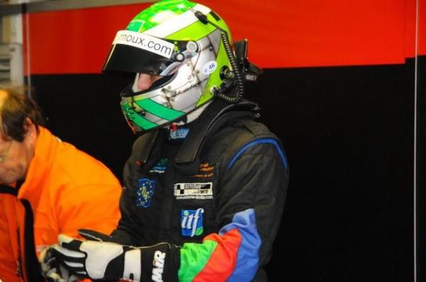 Funcup-Lédenon-2015-Jean-René-Defournoux-a-tenu-lui-même-a-bien-verifier-le-niveau-de-performance-de-ses-voitures-Photo-Daniel-Noly