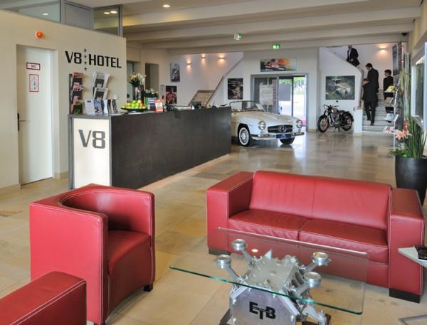 HOTEL-V8-BOBLINGEN-LOBBY-ACCUEIL.