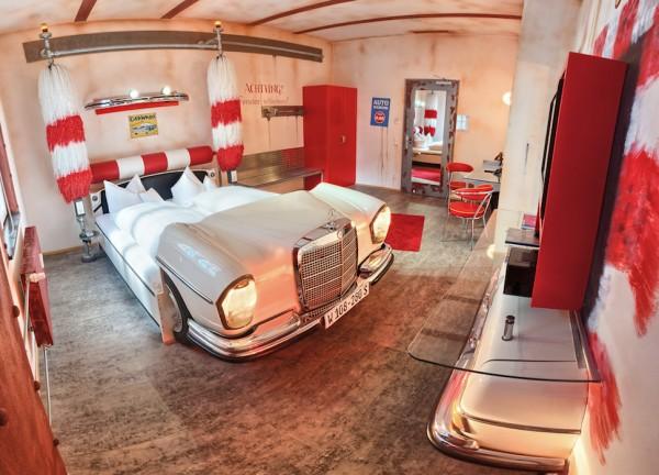 HOTEL V8 La chambre N°3 MERCEDES