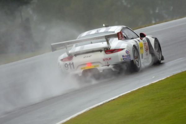PETIT LE MANS 2015 1er Patrick Pilet Nick Tandy et Richard Lietz avec la PORSCHE 911 RSR.