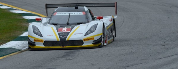 PETIT LE MANS 2015 La CORVETTE DP ACTION EXPRESS de BARBOSA FITTIPLADI et BOURDAIS