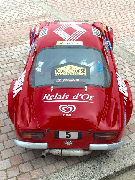 TOUR-DE-CORSE-HISTORIQUE-2015-BERLINETTE-ALPINE-de-JEAN-PIERRE-MANZAGOL-et-MARC-MARIE-GUGLIELMI-Photo-AUTONEWSINFO.