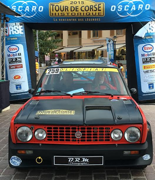 TOUR-DE-CORSE-HISTORIQUE-2015-La-FIAT-131-Racing-de-DANIEL-et-STEPHANE-BONNEFOIS-Photo-AUTONEWSINFO