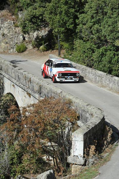 TOUR-DE-CORSE-HISTORIQUE-2015-La-FORD-ESCORT-RS-Groupe-4-de-PIERRE-MANUEL-JENOT-Photo-Francois-HAASE