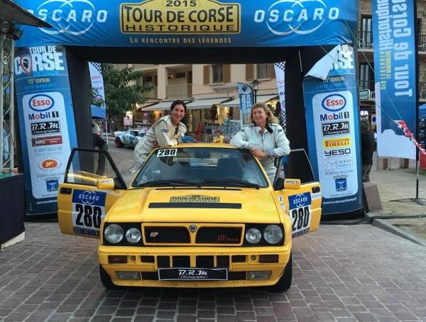 TOUR-DE-CORSE-HISTORIQUE-2015-La-LANCIA-de-ROMY-MACHOIR-HERAS-et-ANNE-CHARLOTTE-ROUSSEAU-Photo-AUTONEWSINFO