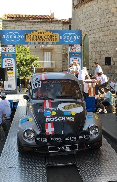 TOUR-DE-CORSE-HISTORIQUE-2015-VW-COX-1303-S-de-PIERRE-MOUCHET-et-CEDRIC-GILLES