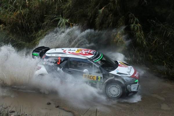 WRC-2015-ESPAGNE-DS3-DE-KRIS-MEEKE.