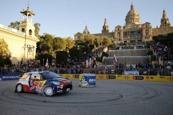 WRC-2015-ESPAGNE-La-1re-spéciale-dans-BARCELONE-a-MONTJUICH-La-DS3-de-Stephane-LEFEBVRE