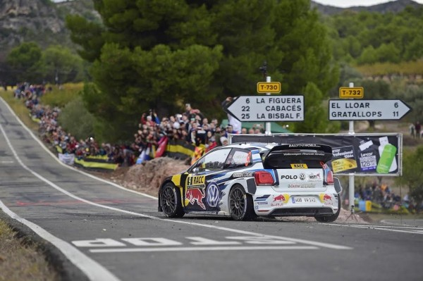 WRC 2015 ESPAGNE La POLO de MIKKELSEN FLOENE