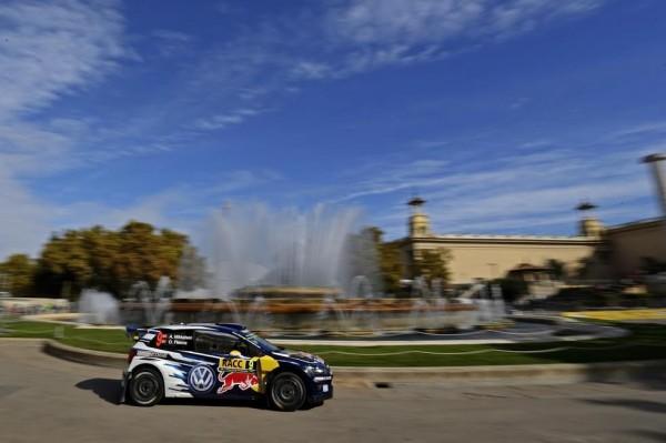 WRC-2015-ESPAGNE-La-POLO-de-MIKKELSEN-a-MONTJUICH-le-22-octobre