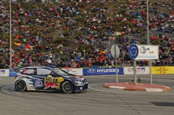 WRC-2015-ESPAGNE-VW-POLO-de-MIKKELSEN-FLOENE-les-grands-vainqueurs-ce-dimanche-25-Octobre-à-SALOU.